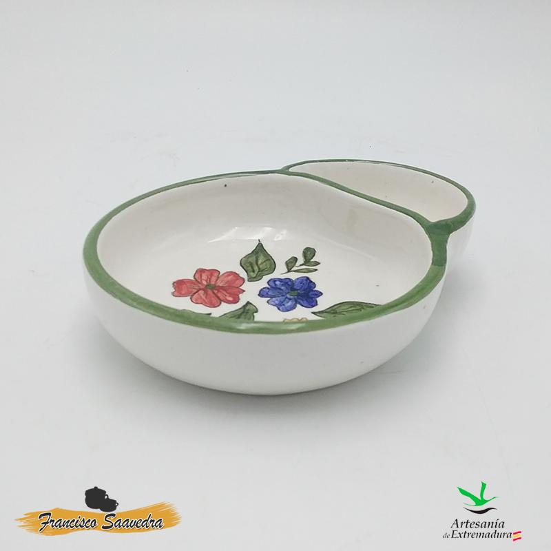 Foto lateral izquierda de aceitunero estilo andaluz de cerámica, hecho artesanalmente